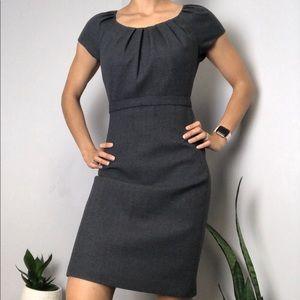 Elie Tahari Grey Wool Sleeveless Belted Dress